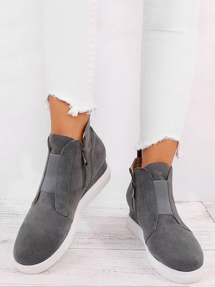 Fashion Increased Internal Boots