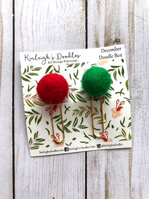 Christmas Holiday Pom Poms // Felt Ball Clip Set