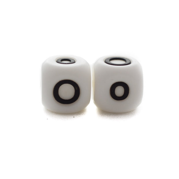 Letter O silicone square letter teething beads that have both capital and lower case font