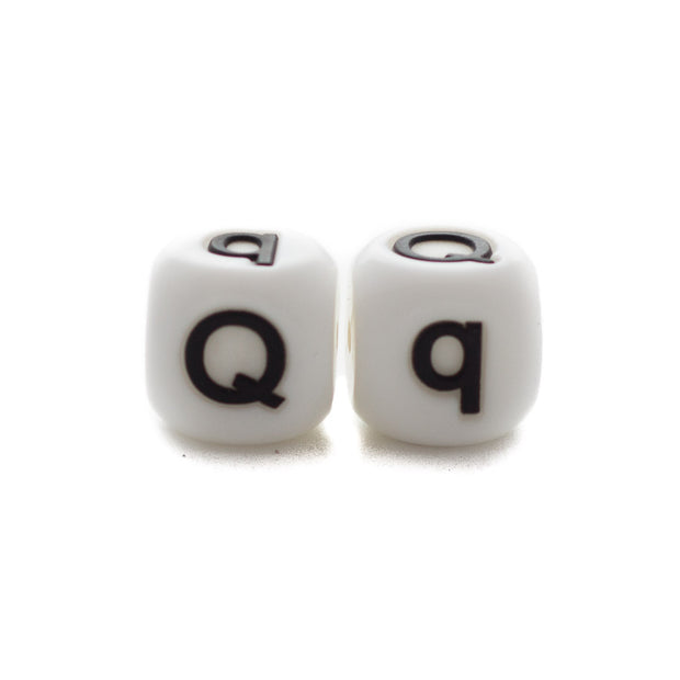 Letter Q silicone square letter teething beads that have both capital and lower case font