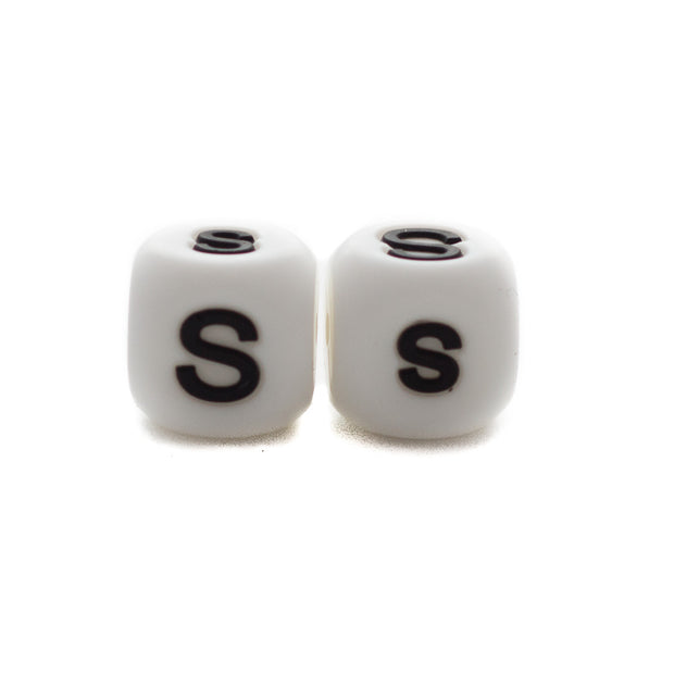 Letter S silicone square letter teething beads that have both capital and lower case font