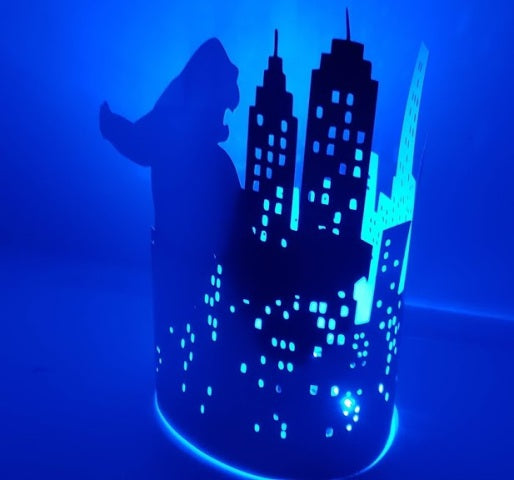 Extra large New York city skyline goes ape