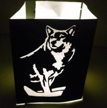 Majestic wolf luminary