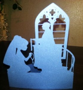 DIY little girl First Communion centerpiece