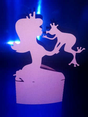 DIY Princess and frog stand up / cake topper