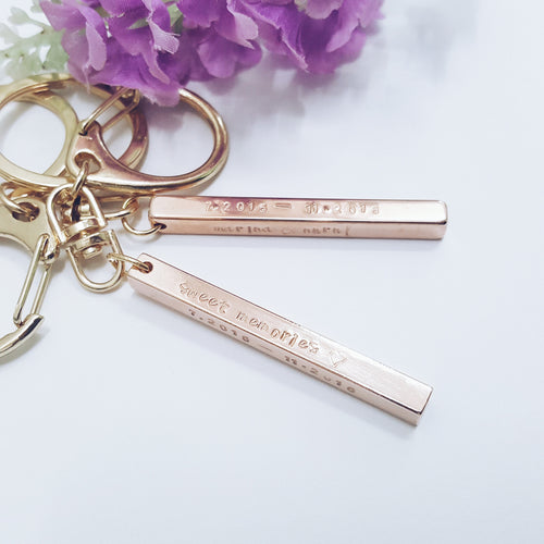 [PREORDER] Thin & Slender Rectangle Bar Keychain [ PREORDER]