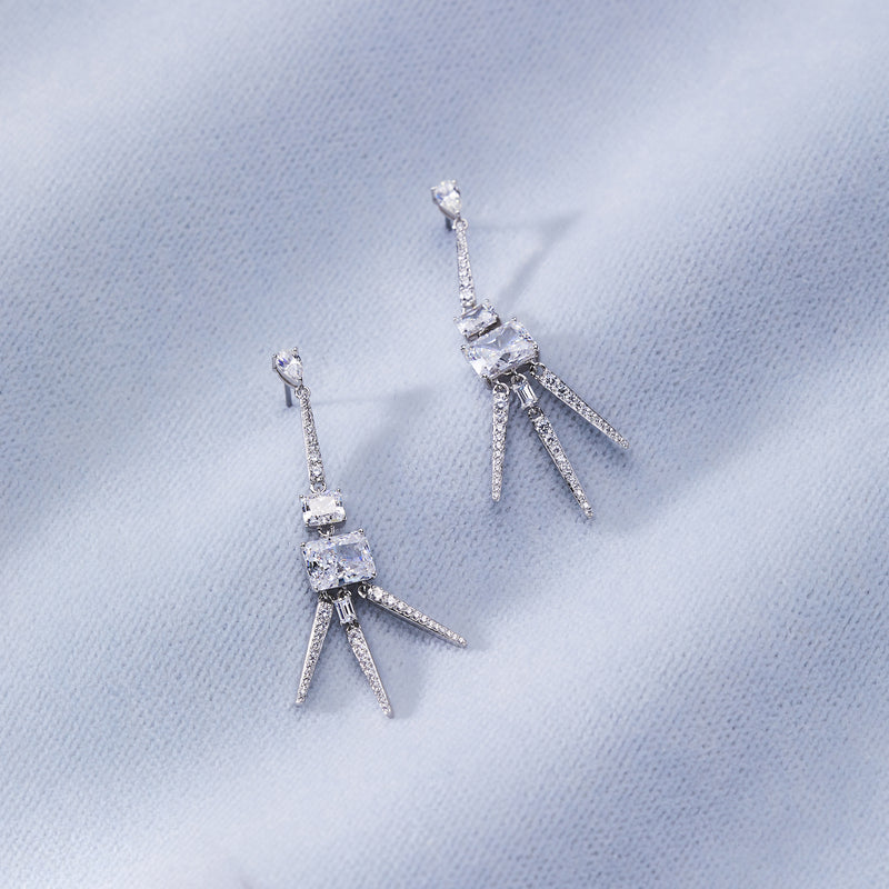 RAE 3 SPIKES DROP EARRINGS