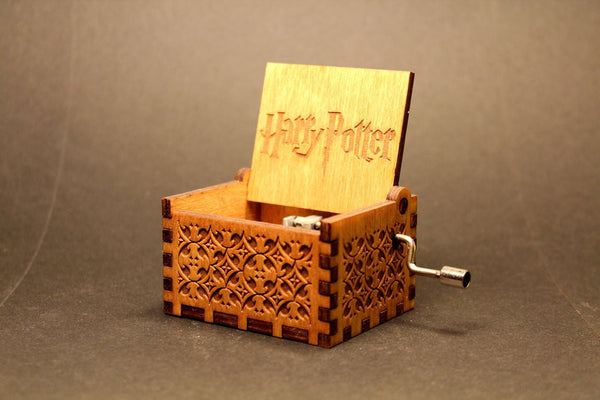 Hand Engraved 18-Note Prologue Hedwig Musical Box