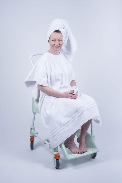Towelling Drying Drapron® drapes over the shoulders like a cape at bath or shower time so no need to be unclothed White