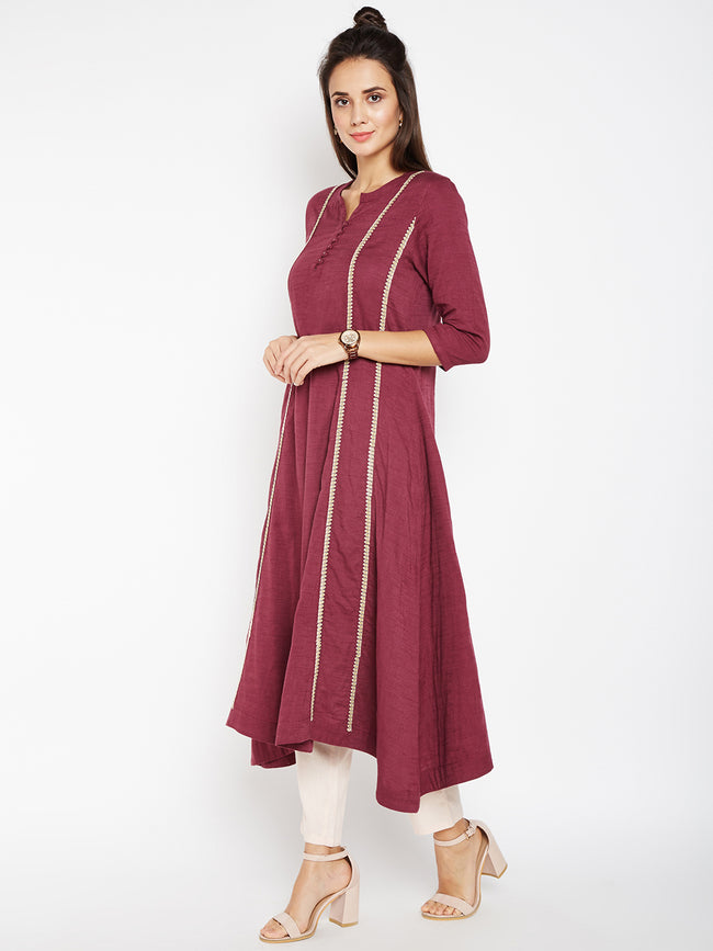 Lyla Woman Panel Embroidery Kurta