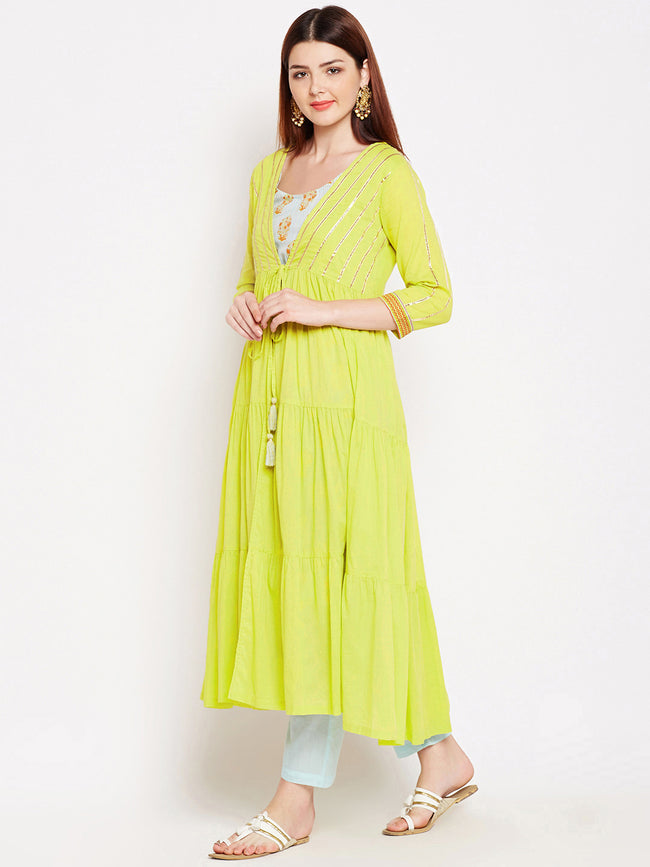 Lyla Gota Sleevless Kurta and Pant with Jacket set