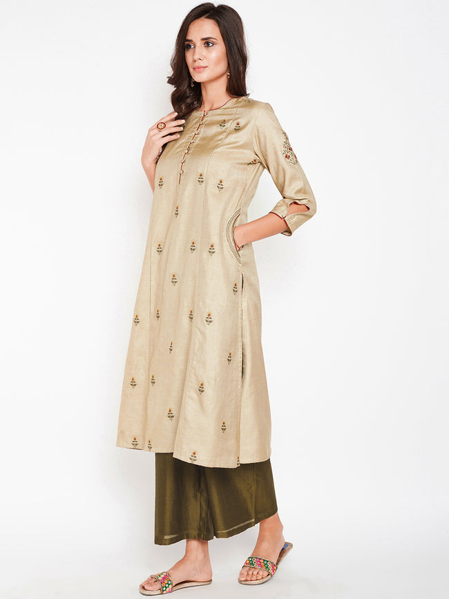 Lyla Woman Muga Silk Panelled Kurta with Pocket Detail