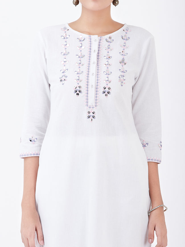 LYLA WOMAN STRAIGHT KHADI KURTA WITH MIRROR AND EMBROIDE\RY DETAILING