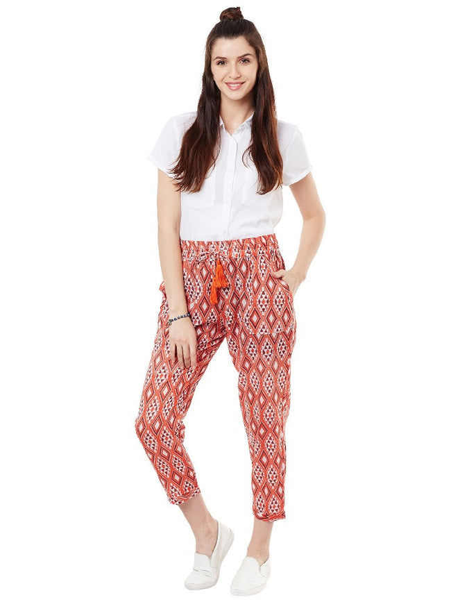 Red printed pants with tie