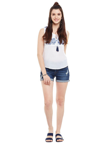 Offwhite-embroidered-sleeveless-top-with-front-tassel