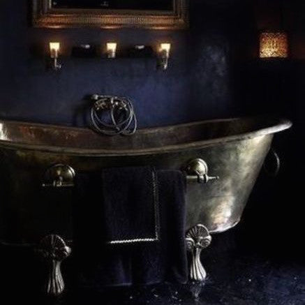 DELICIOUSLY DARK BATHROOMS