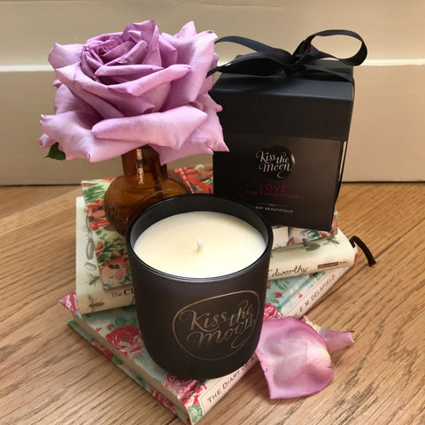 STYLENEST LOVE CANDLE REVIEW - 29 JANUARY 2019