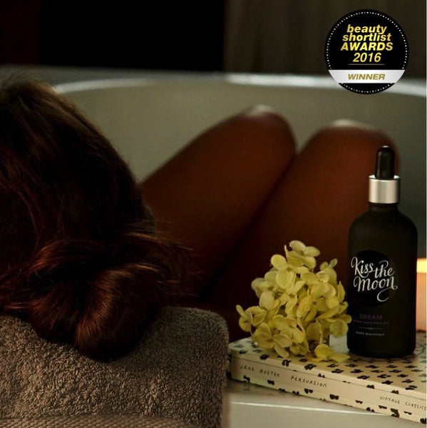 DREAM After Dark Bath Oil from Kiss the Moon
