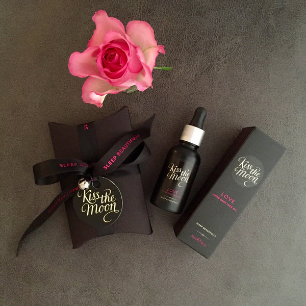 LOVE blend from Kiss the Moon - With rose absolute to rejuvenate your skin and your soul overnight