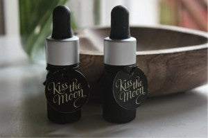 Kiss the Moon Oils Review (1)