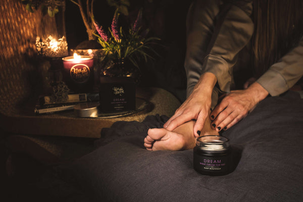 foot massage with dream night cream for feet