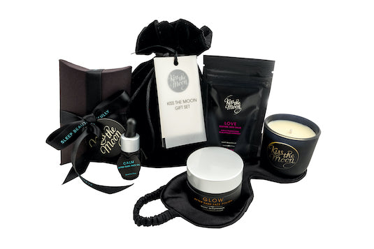 <strong>ALL BLENDS</strong> <br/> NEW KISS THE MOON GIFT SET<br/> ultimate bedtime routine