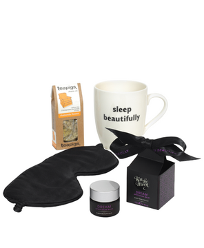 <strong>DREAM</strong> <br/> GIFT BOX <br/> Sleep balm, tea & mug