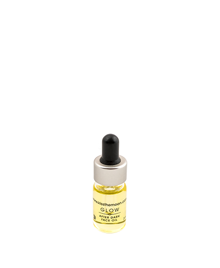 <strong>GLOW</strong> <br/> AFTER DARK FACE OIL SAMPLE <br/> nourish skin overnight