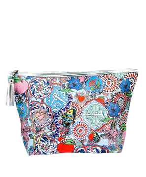 <strong>JESSICA RUSSELL FLINT</strong> <br/> ROCK THE KASBAH<br/> Large Wash bag