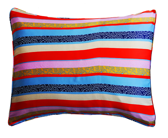 <strong>JESSICA RUSSELL FLINT</strong> <br/>KANSAS<br/> Silk Pillowcase