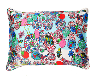 <strong>JESSICA RUSSELL FLINT</strong> <br/> ROCK THE KASBAH<br/> Silk Pillowcase