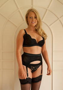 Sample Sale - Aurora Suspender Belt BLACK - Small