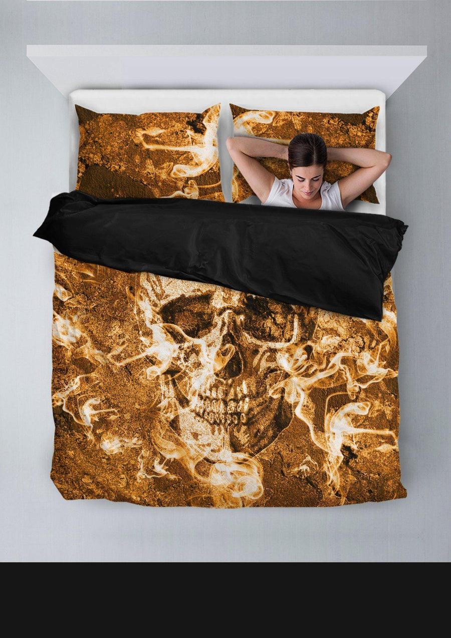Burning Skull Bedding Set (1 Duvet Cover, 2 Pillowcases), Polyester, Size Twin-Queen-King, Gold/Brown