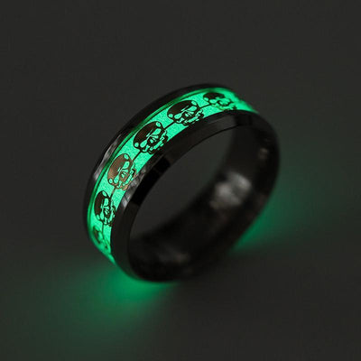 Glow-In-The-Dark Skull Ring - 50% Off