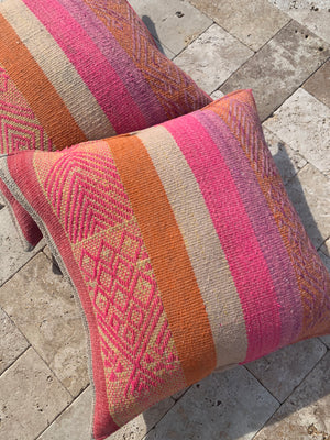 Pair of Frazada Pillows in Grapefruit (LARGE)