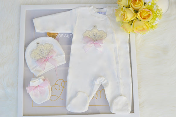 Alizee Crown Rose 3 Pieces Newborn Set