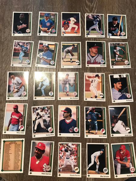 1989 Upper Deck Baseball Lot of 25 Cards #8