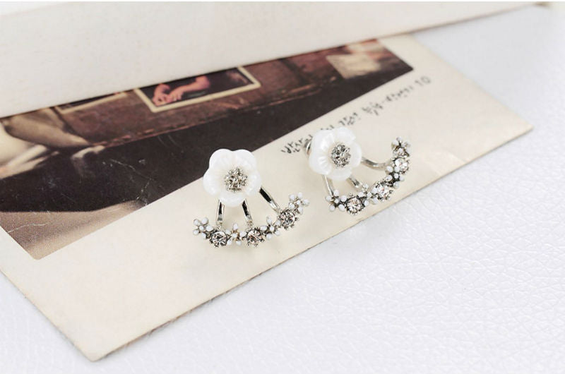 Pleasant Daisy Flower Crystal 925 Sterling Silver Earrings Allergy Free