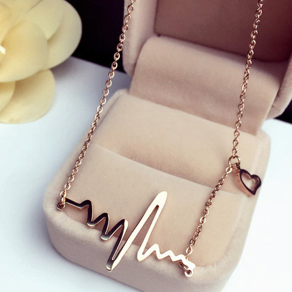Heartbeat design nurse necklace-gold plated