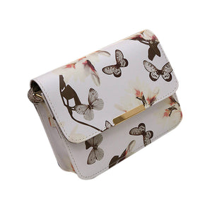 Quality Clutch for women in floral design purse