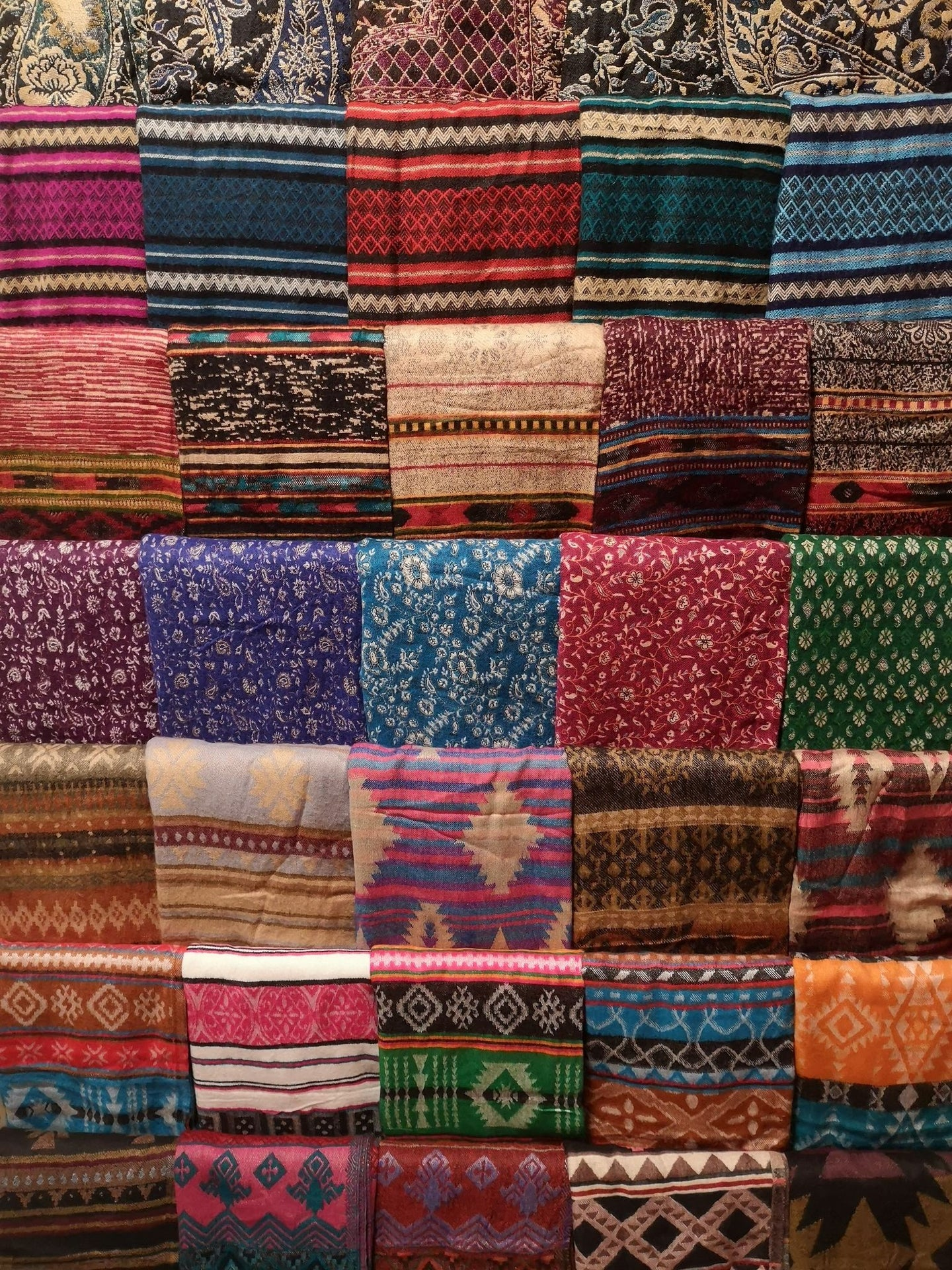 Best Scarves & Shawls