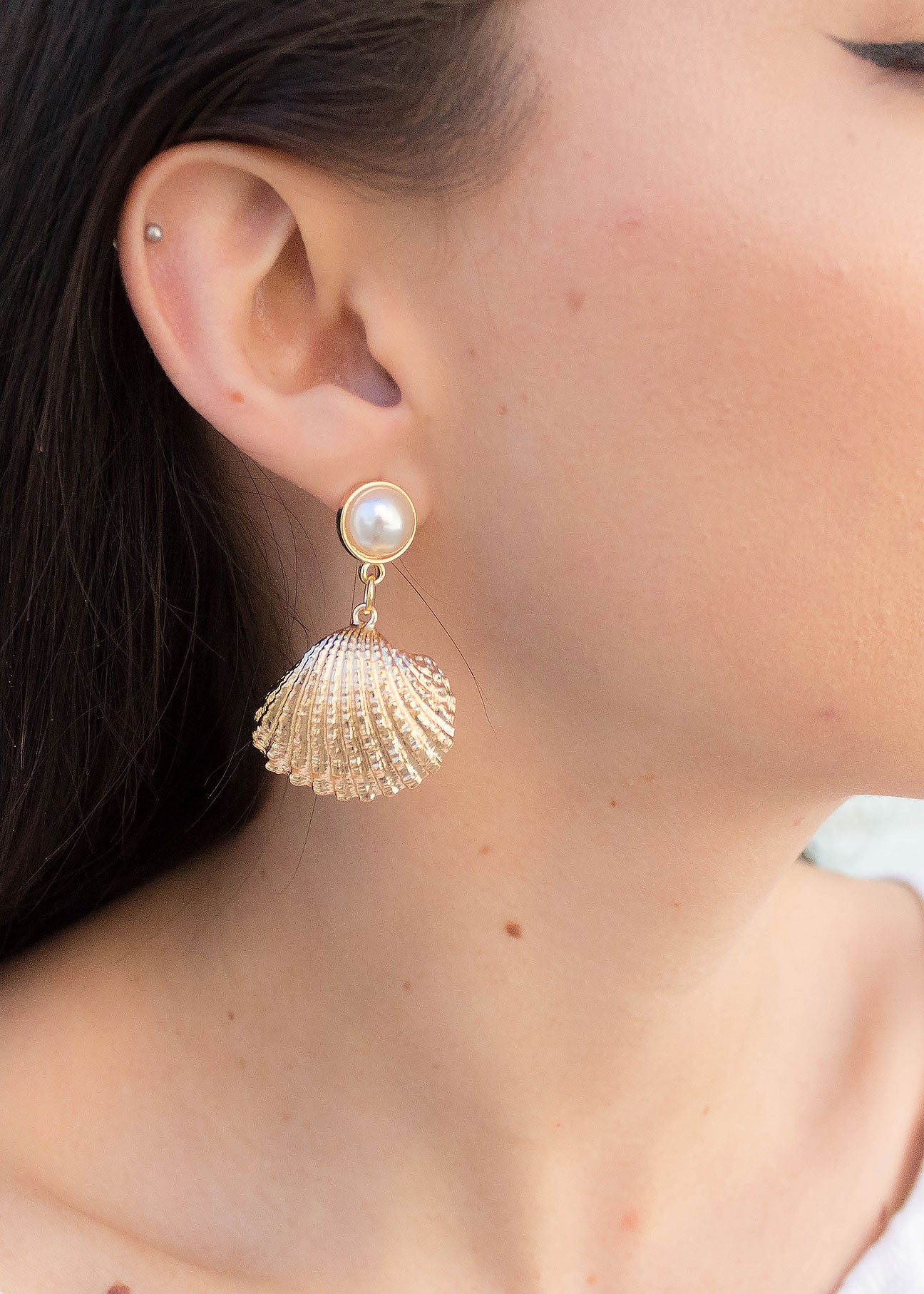 Faux Pearl Shell Pendant Earrings