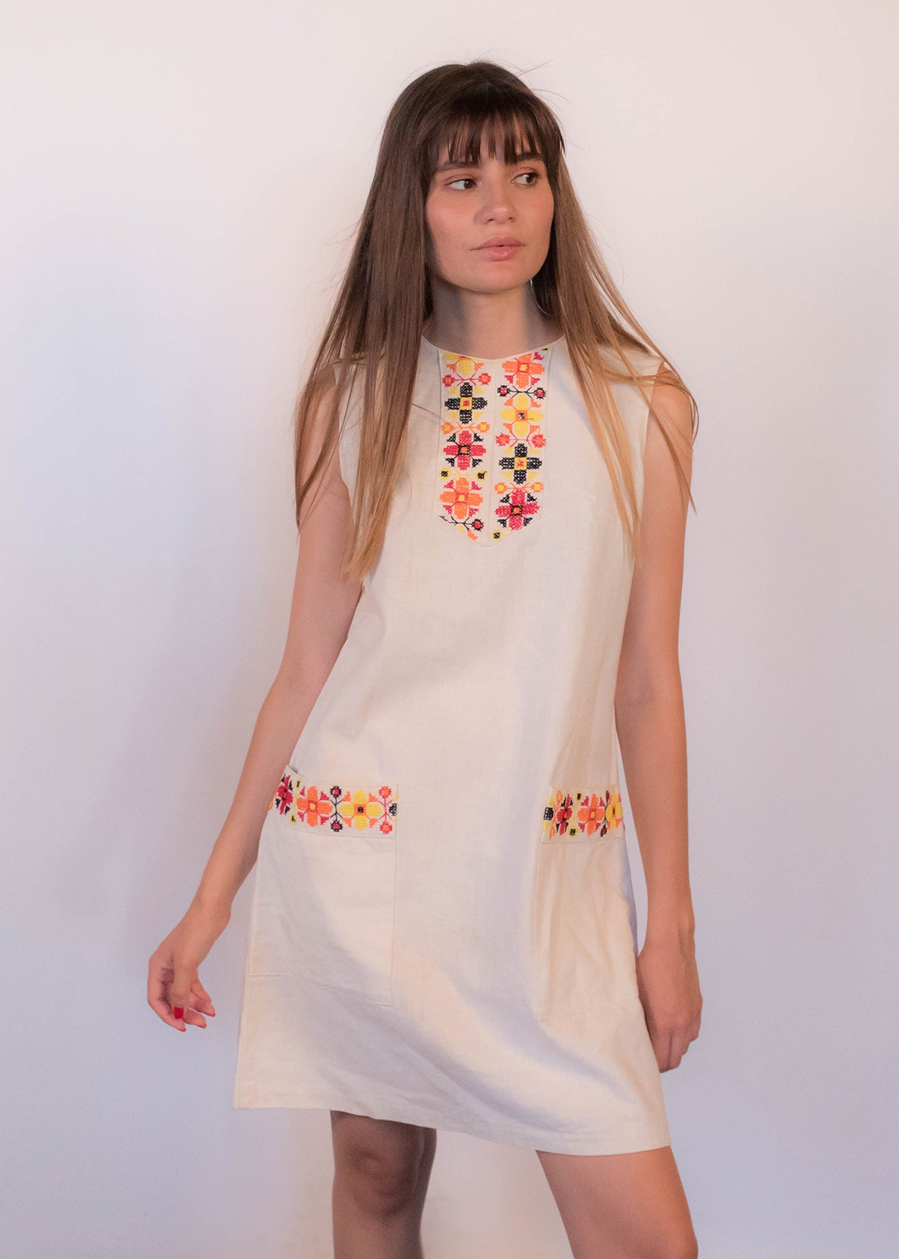 60s Floral Embroidered Mexican Dress