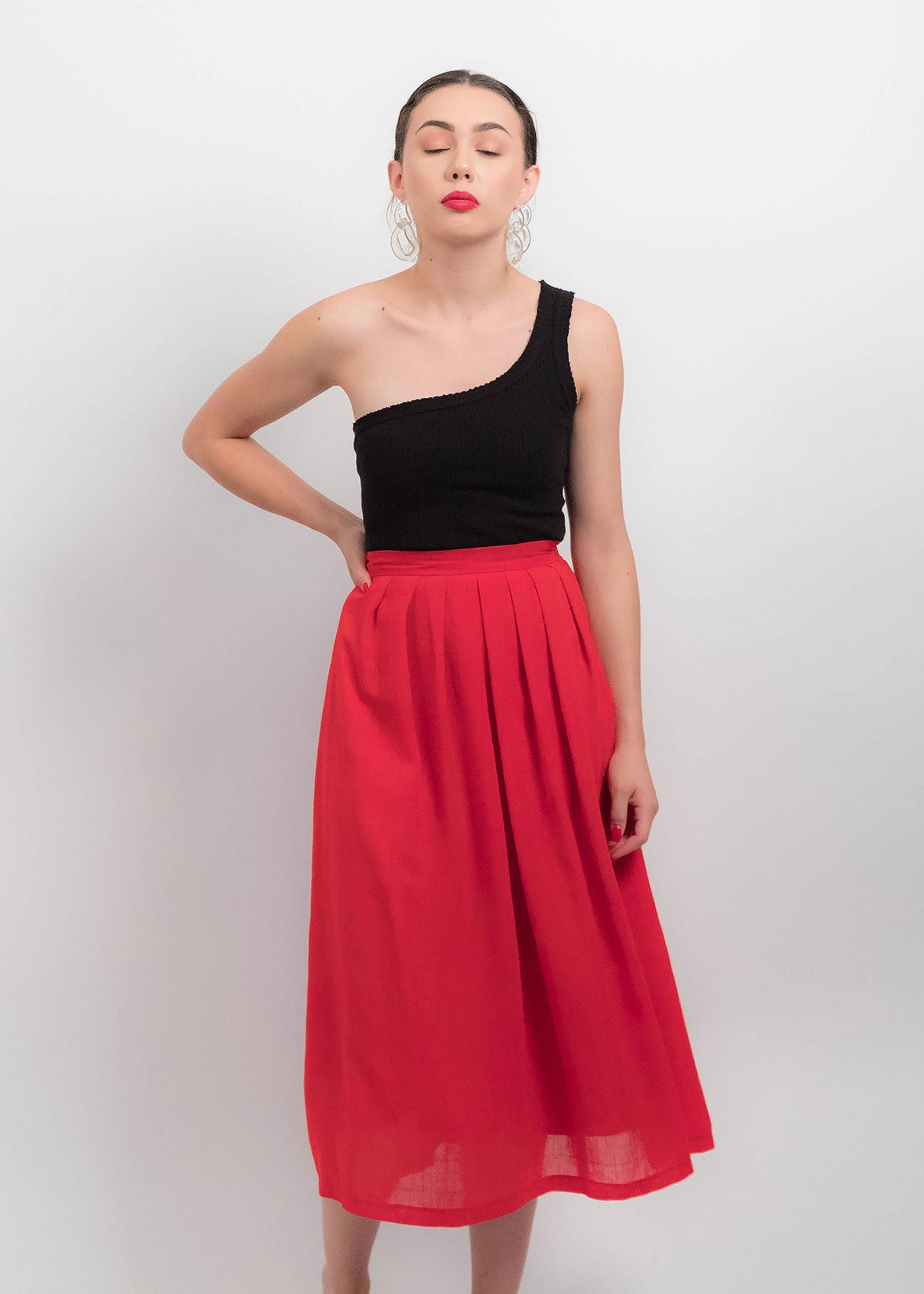 80s Red Pleated Skirt