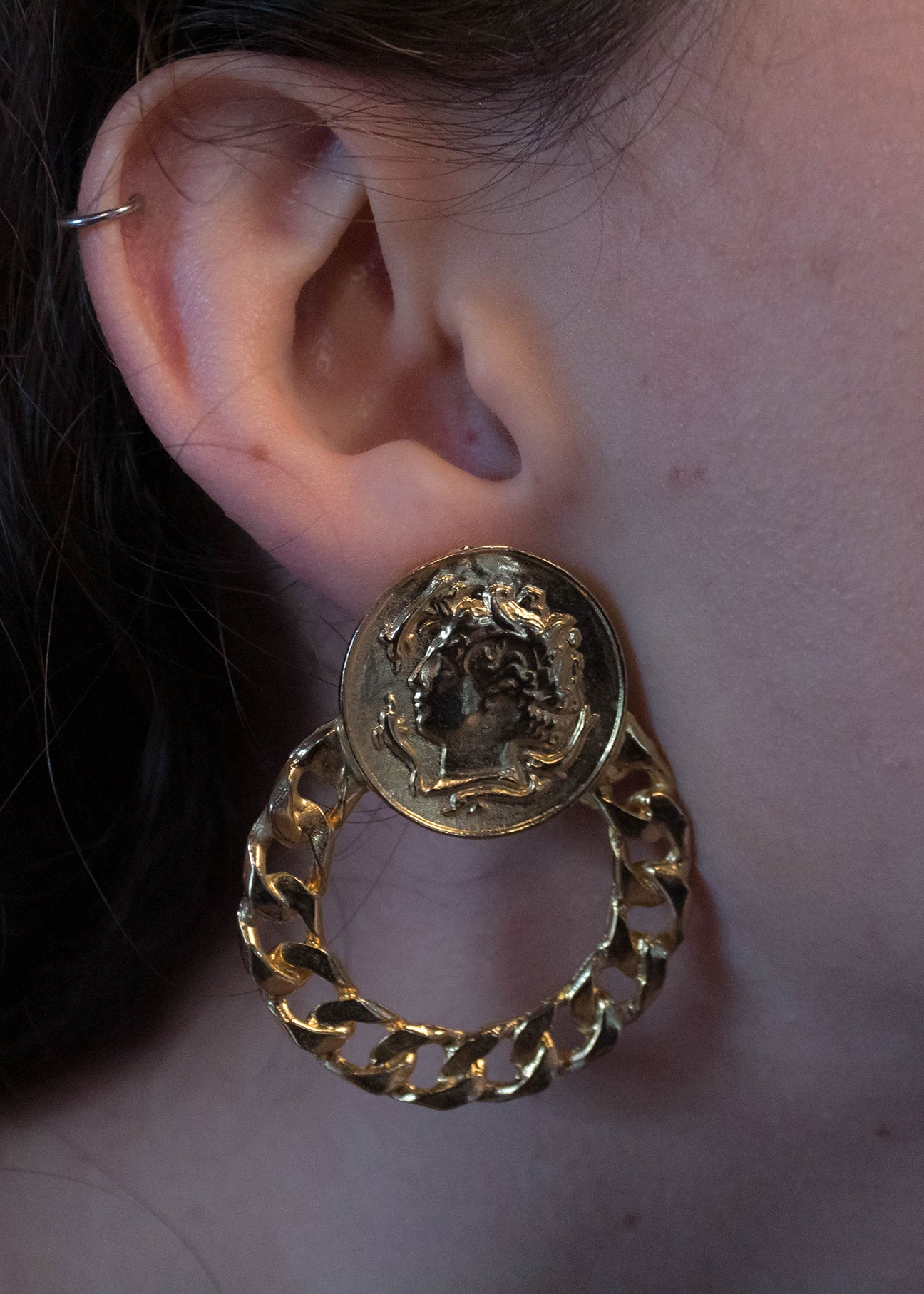 80s Gold Chain-Link Door Knocker Earrings