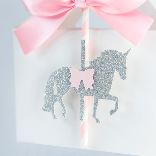 Party boxes with unicorn and pink bows
