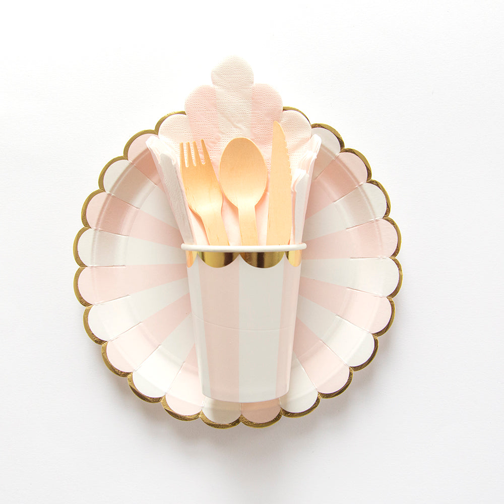 8 Small Party Paper Plates | Pink and Gold - First birthday Inspired by Alma - Inspired by Alma Inspired by Alma - Inspired by Alma  Tableware - Party decorartions, cake toppers, cupcake topper, confetti, iron on, outfit, straws, decor, first birthday party decorations.,