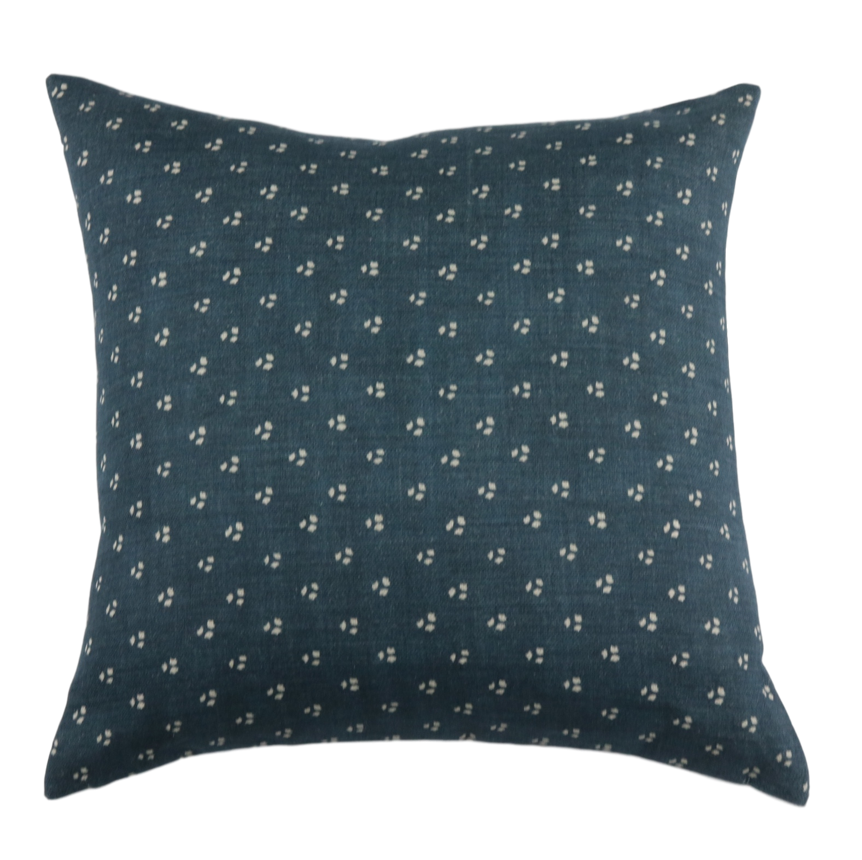 Three Dots Pillow Cover