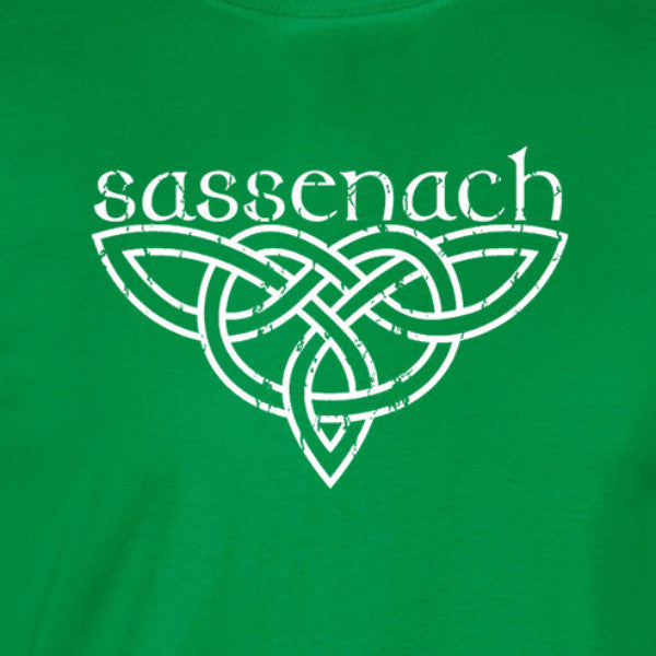 outlander inspired sassenach distressed knotwork white print green shirt - wicked moxie - scotland poldark fraser fandom