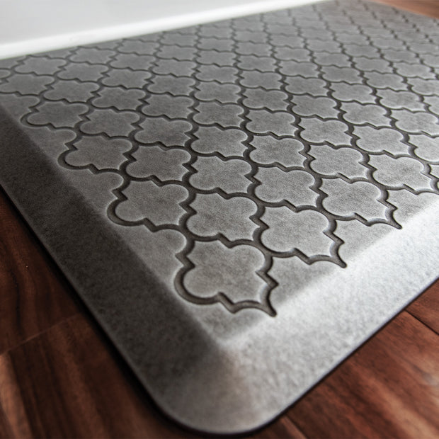 Trellis Collection – Silver Leaf - WellnessMats
